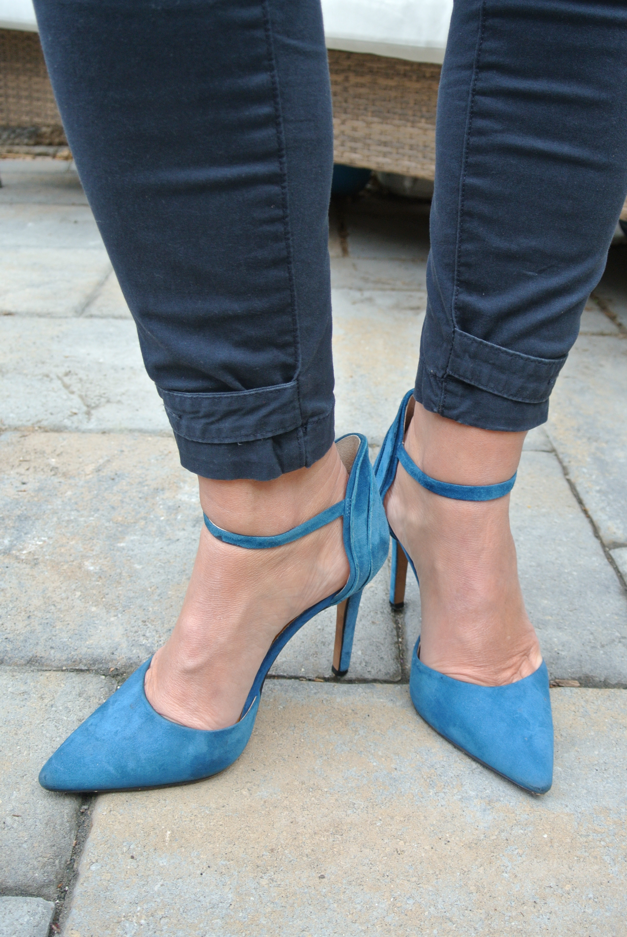 shoe fashion inspiration shoe blog women empowerment